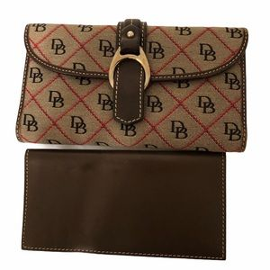 DOONEY & BOURKE signature DB wallet brown leather
